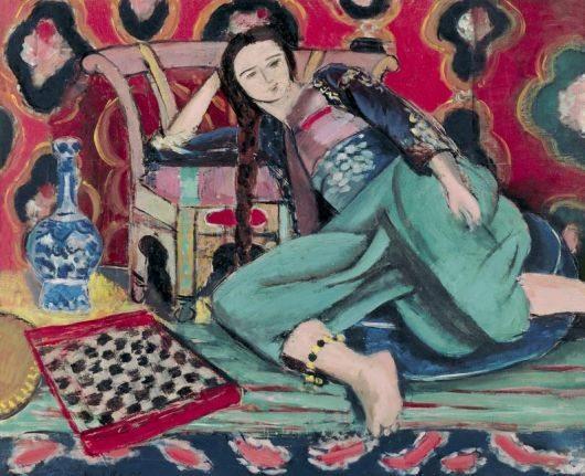 Odalisca appoggiata a una poltrona turca - 1928 - Olio su tela - 60x74 - Musèe National d'Art Moderne, Parigi