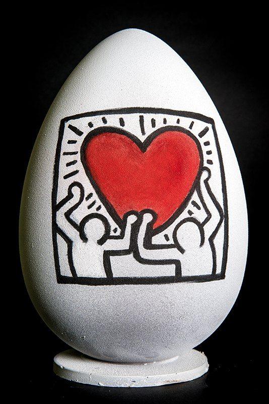 Uova artistiche, realizzata dal pasticciere Walter Musco, in onore della Pasqua