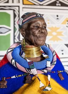 Esther Mahlangu - 1936 -