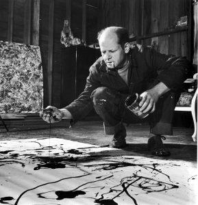 Jackson Pollock mentre lavora
