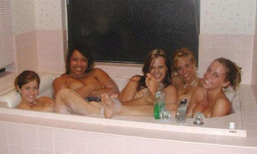 bagno amiche_11103557