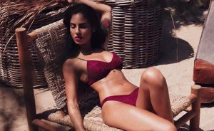 giulia-de-lellis-foto-hot-su-instagram-giulia-de-lellis-costume-bikini-foto (1)
