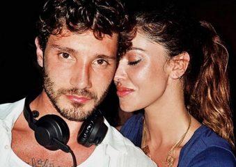Belen Rodriguez e la foto di Stefano De Martino deejay: «Lui sa fare tutto»