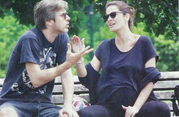 Kim Rossi Stuart e Ilaria Spada incinta col pancione, lite al parco con lieto fine