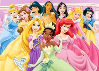 Cercasi babysitter a 3.700 euro al mese per due gemelle. «Deve vestirsi da principessa Disney»