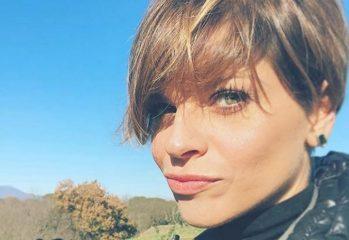 Alessandra Amoroso lascia la musica: «Mi prendo del tempo per me e per la mia famiglia»