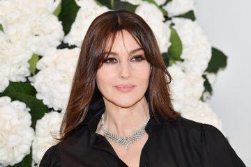 Monica Bellucci è nuovamente single. A rivelarlo è stata l'attrice stessa in un'intervista al Magazine F.