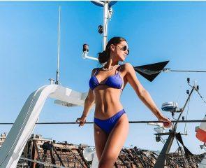Cecilia Rodriguez in yacht, la foto su Instagram. Ritocchino? Ai fan non sfugge un dettaglio