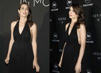 Charlotte Casiraghi, pancione da red carpet