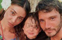 kika5807646_Santiago-De-Martino-Stefano-De-Martino-Belen-Rodriguez-1400x918