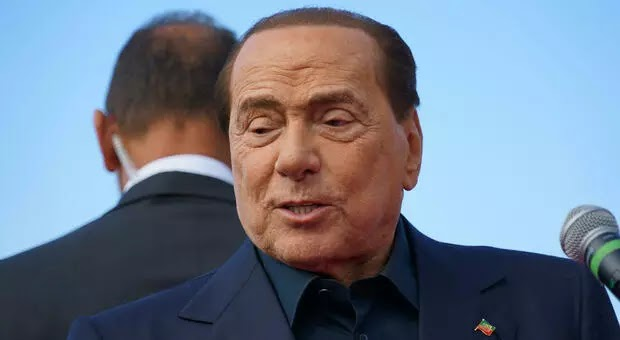 x5700893_1433_berlusconi_ricoverato_ospedale.jpg.pagespeed.ic.y-hZxNYmm5