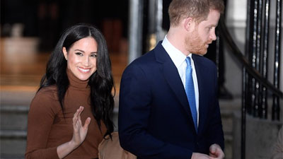 Harry e Meghan divorziano... dalla Casa reale