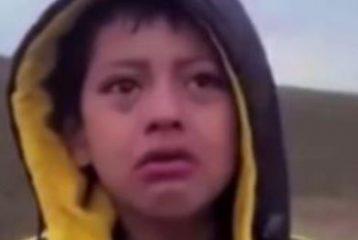 Dramma alla frontiera americana, rapito un bimbo che...