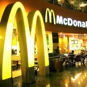 mcdonald-s-un-locale-in-vaticano_919479