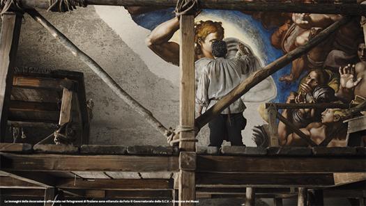 27-Michelangelo-Infinito_Michelangelo-dai-ponteggi-dipinge-Giudizio-Universale-(ponteggio-cartone-Cristo-Giudice)