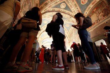 La Via Francigena di Siena si scopre a passo lento con il trekking dedicato alla storia dei pellegrini