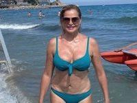 simona-ventura-bikini-instagram-foto-filtri-fan-apprezzano-v3-454800-1280x960