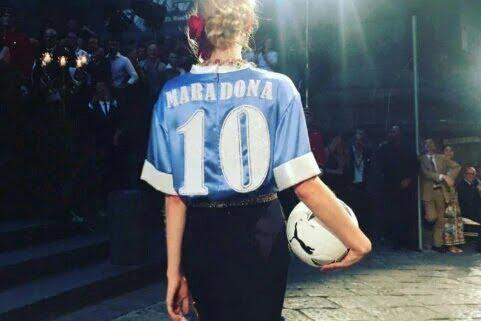 Maradona e la moda: Armani, Dolce e Gabbana e gli orologi