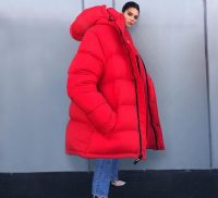 kendall_jenner_cappotto_extralarge_27110044
