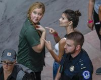 US comedian Amy Schumer (L) and US actress Emily Ratajkowski (R) gesture after getting detained along with hundreds of other protestors against the confirmation of Supreme Court nominee Judge Brett Kavanaugh at the Hart Senate Office Building in Washington, DC, USA, 04 October 2018.  ANSA/ERIK S. LESSER