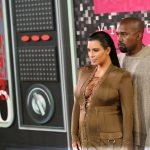 kika4208539_Kim-Kardashian-Kanye-West-1400x933