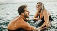 drew-and-jenna-kutcher-maui-hawaii-photoshoot-38