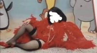 4330385_1200_bambina_vestita_da_prostituta_a_carnevale (1)