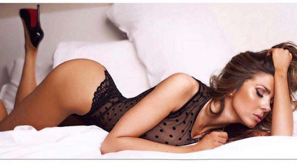 Le-sexy-curve-di-Manuela-Ferrera-sul-calendario-2019-1280x720