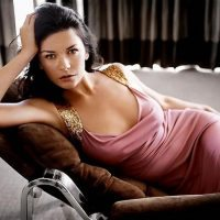 Catherine-Zeta-Jones-12