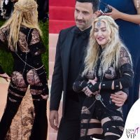 Madonna-Grammy-Met-Gala-2016-outfit-Givenchy-Riccardo-Tisci