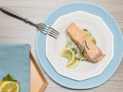 salmone_con_riso_basmati_zucchine_cavolfiore_1