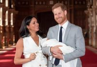 meghan_harry_archie_vicini_27212119