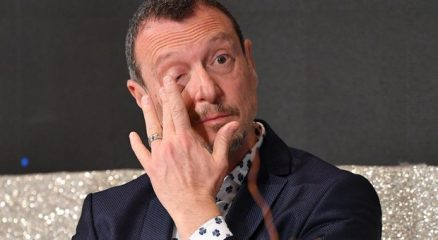 Sanremo 2020, Amadeus si commuove: «Non fate così, io ho 57 anni». Rai esulta: raccolti 37 milioni