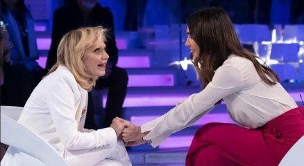 Rita Pavone a Verissimo: «Loredana Bertè è stata una delusione. Ho avuto troppe batoste»