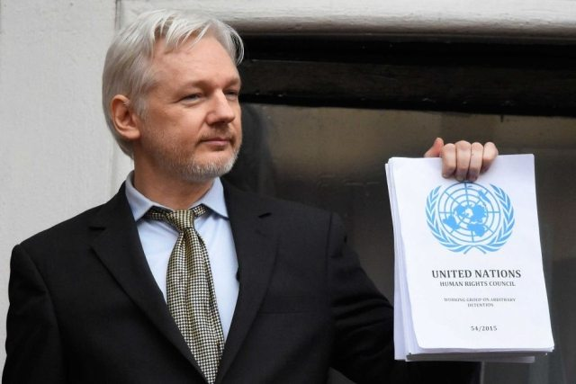Julian Assange: 5 anni da perseguitato