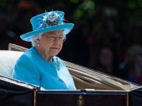 kika5487221_Meghan-Markle-Trooping-The-Colour-Regina-Elisabetta-II-Principe-Harry-1024x768