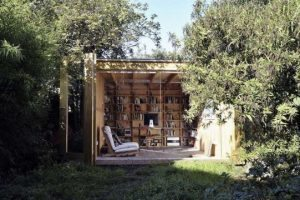 biblioteche-allaperto-spazi-verdi-per-la-lettura-Hackney-Shed-541x360