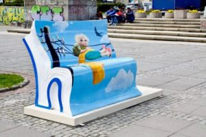 Book-benches-in-Warsaw-picture-5-540x360