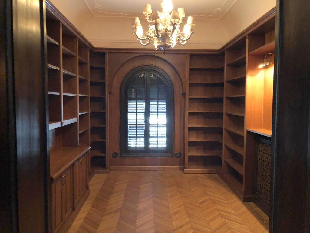 Librerie in legno su misura