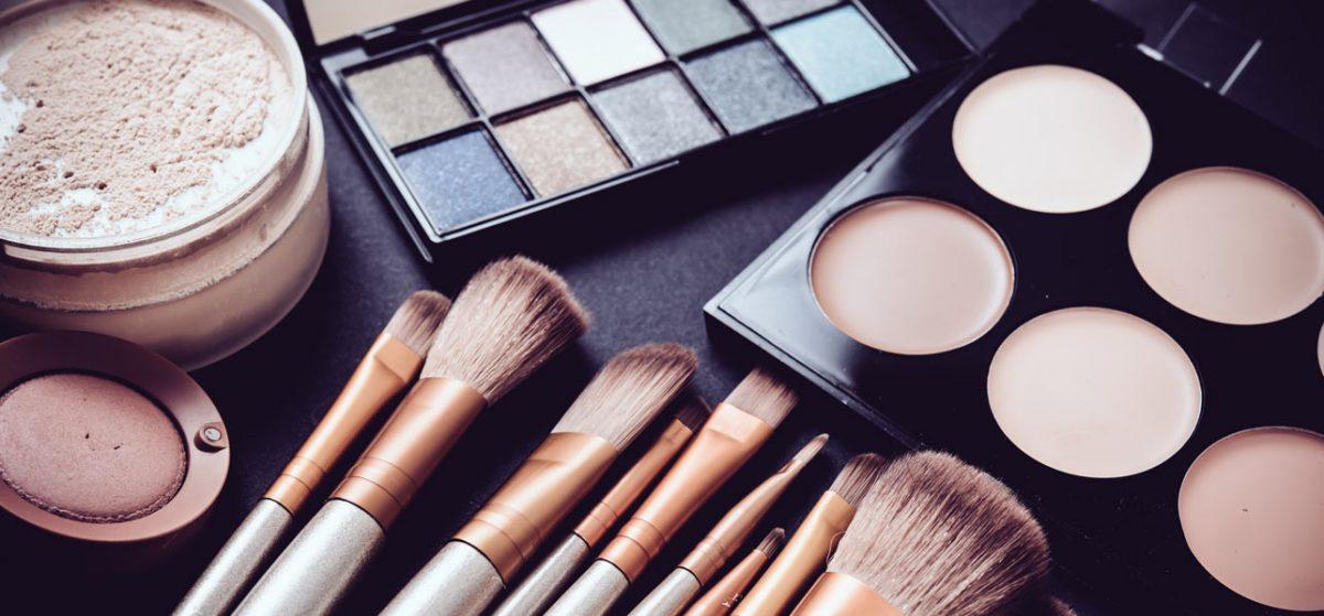 Makeup Maniax