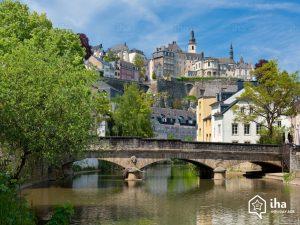 Citta-di-lussemburgo-Fiume-alzette-nel-grund