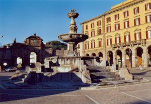 102-la-fontana-di-piazza-della-rocca