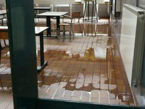Diluvio in 2 Licei a Cerignola(Fg)