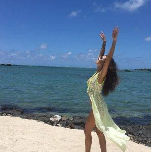 Laura Barriales, che fondoschiena a Mauritius!