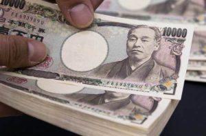 Mercato valutario: lo yen spicca il volo e approfitta della debolezza del dollaro