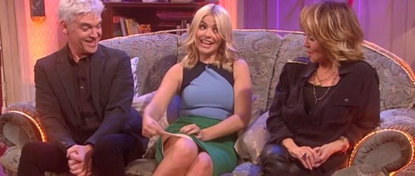 Holly-Willoughby-flashes-her-Spanxs-to-Mrs-Brown-885909