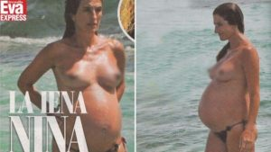 Nina Palmieri, l?amatissima Iena incinta e senza veli al mare