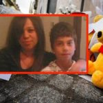 Fiori e peluche per il bimbo vittima di violenza domestica di Cardito a Napoli, 29 Gennaio 2019. ANSA/CESARE ABBATE