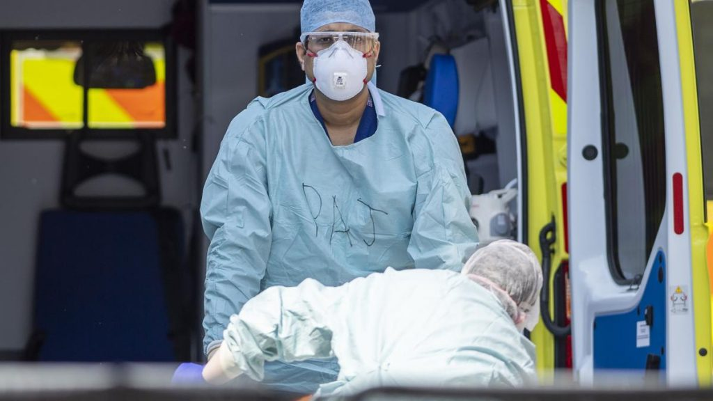 genova-uomo-deceduto-di-covid-19-dopo-negativita-tampone-infettate-12-persone_2447295