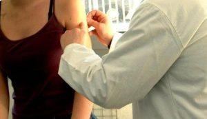Tre morti in 48 ore dopo il vaccino L'Aifa blocca l'antinfluenzale